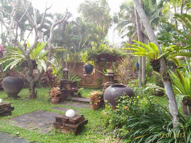 Riviera Resort Pattaya, Soi  Naglua16/1