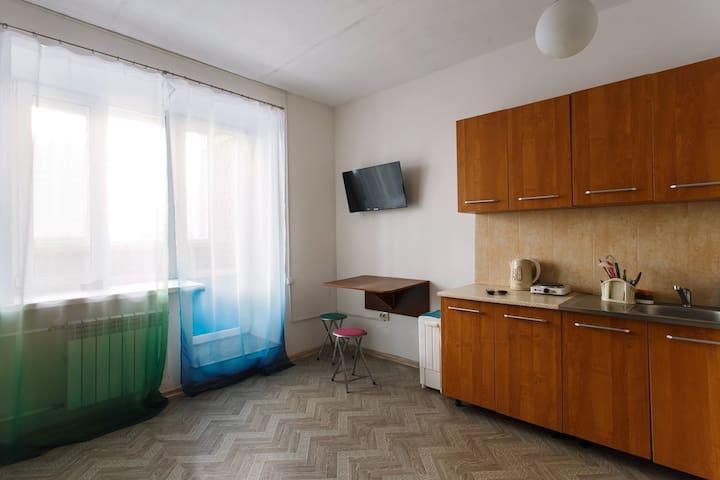 Квартира студия 30 кв. м. - Tyumen'