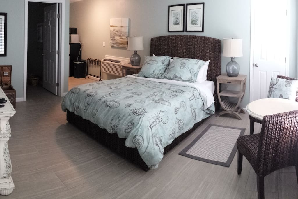 East Hill Bungalow Suite 2 Guest Suites For Rent In Pensacola Florida United States