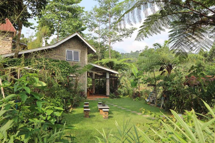 Villa Lembah Ciparay,Clean,Cozy w/ Paddyfield View