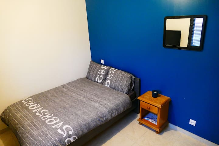 Chambre 2 lit 2 places en 140X190