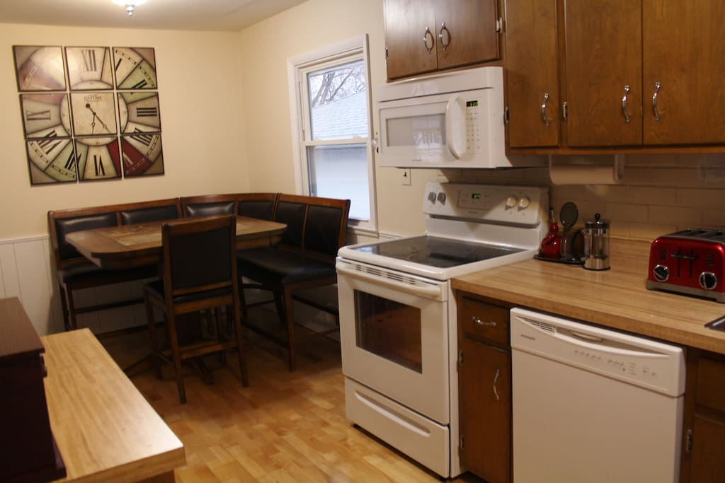 Kitchen. Brand new appliances