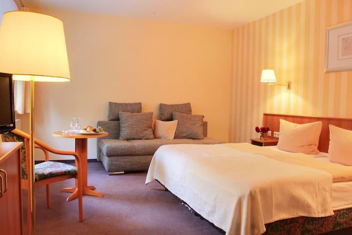 """Ruhige Komfortzimmer in Hotel """"Schöne Aussicht"""""""