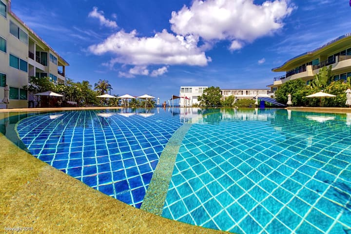 2bedroom partial sea view pool view phuket karon