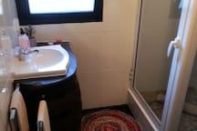 1ª casa de banho 1st bathroom
