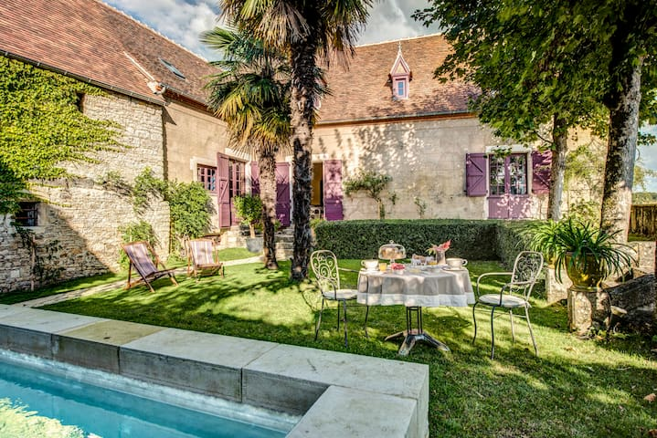 "La Devinie ""De beaux moments"" - Guesthouse - Martel - Bed & Breakfast"