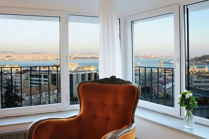 Gorgeous bosphorus sight,cosy charm - Galata,Beyoğlu - Lejlighed