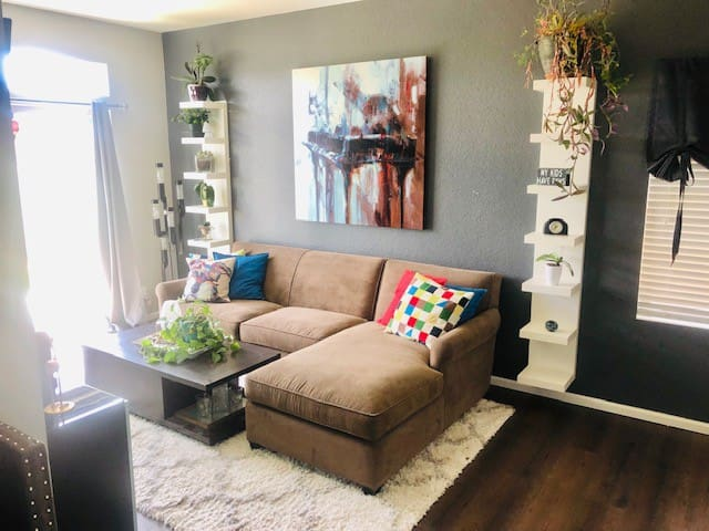 Beautiful Shared space in Green Valley Ranch