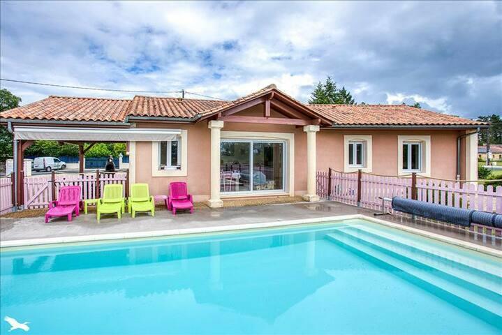 villa montignac lascaux piscine chauffée