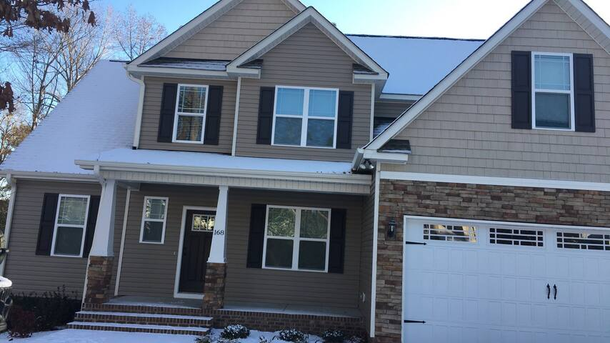 Lovely Family home located 24 min From Raleigh #1
