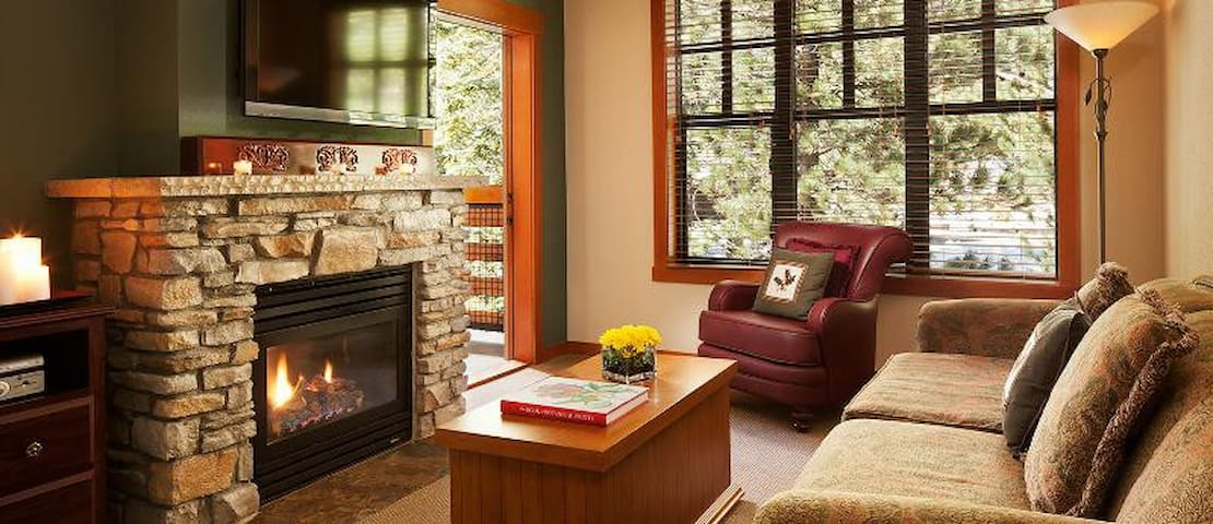 *The Village* Grand Sierra Lodge- Relaxing Retreat - Mammoth Lakes - Appartement