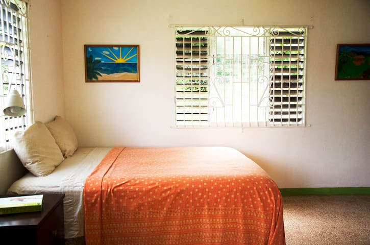 The Artist Place / Morning Sun - Port Antonio - Casa