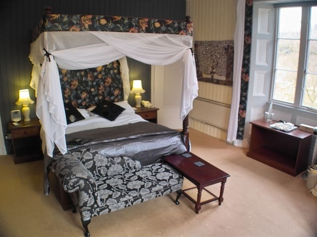 King-Luxury-Ensuite-Garden View-Mawddach