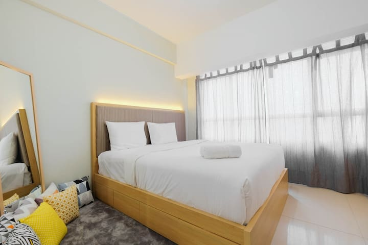 Modern Studio @ Springlake Summarecon Apartment
