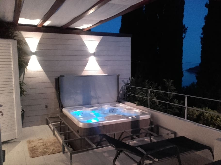 Terrace with Hot Tub (bench with pillows coming soon)