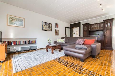 geschmackvoll eingerichtete Wohnung