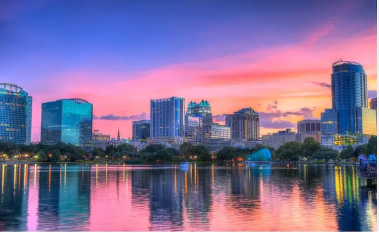 Best Location Downtown Orlando Near Lake Eola Park