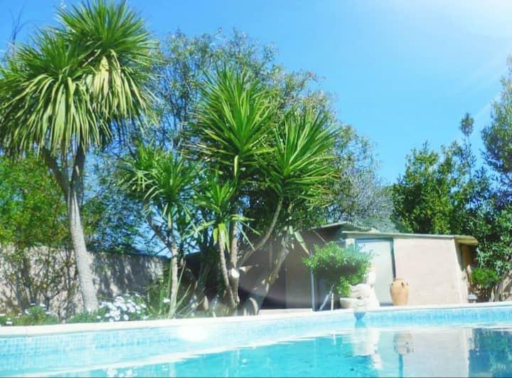 Maison 7 personnes, terrasses piscine et jacuzzi