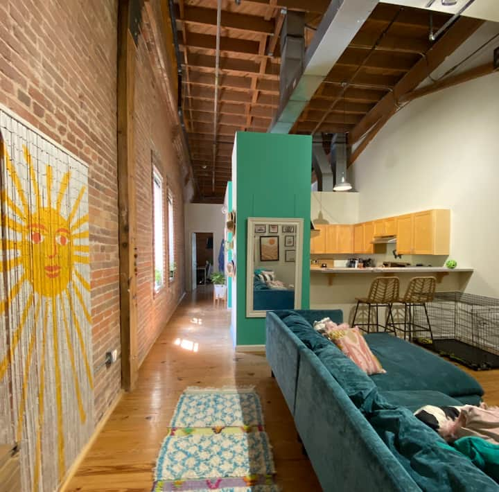 Colorful loft in downtown Durham