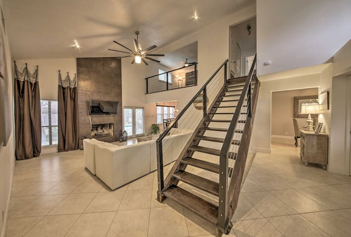 Modern San Antonio House w/ Pool & Pergola!