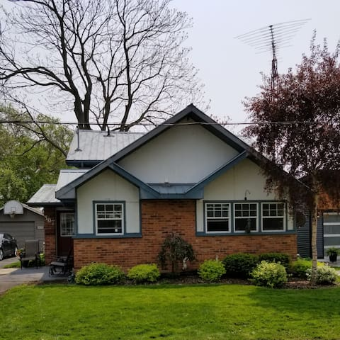 Lakeview House Port Dover