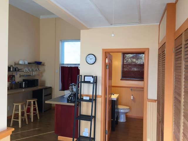 Jailhouse Suites Tower - Yellow Springs - Apartament