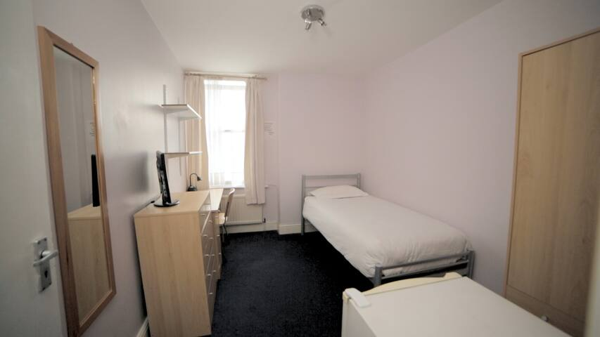 Shepherd's Bush 52 -Amazing single room