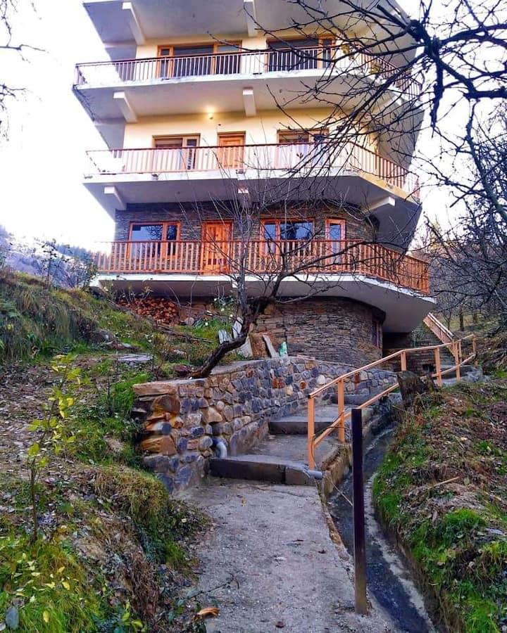 Woodstone Villa - Mountain view Double Bed Room II