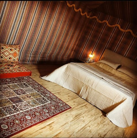 Air Conditioned, dog friendly, Bedouin Tent
