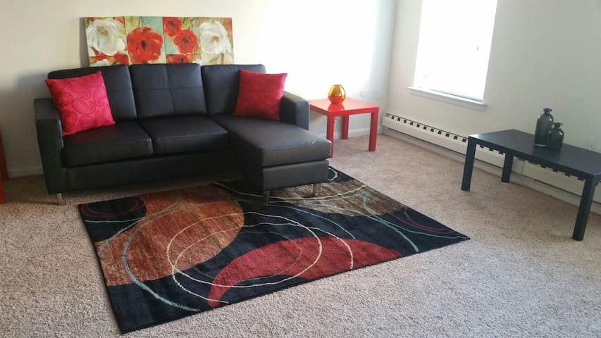 ★ Spacious Home 5Min To PHL Airport w WiFi+Parking