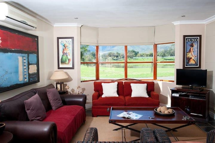 Stylish Self-catering Lodges in Boschenmeer Estate