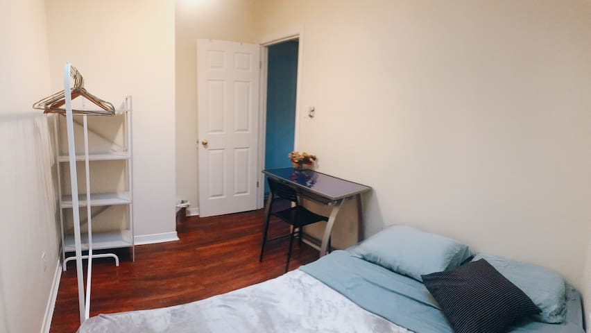 simple clean cosy room in house downtown Toronto