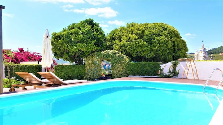 Jardim+piscina exclusiva para dois não partilhada