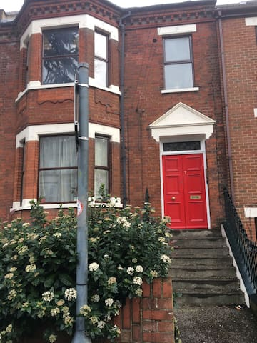 5th Ave Apartments - Luton Central - Luton