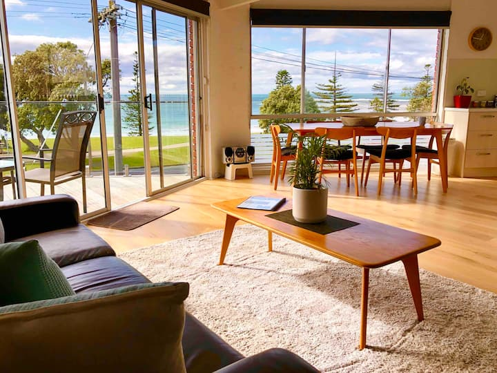 Torquay beachfront gem with best views