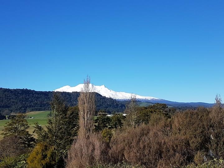 Stunning Views, Warm, Central & Quiet Little Hill