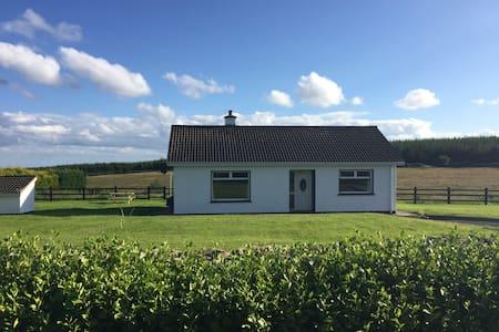 Clashbrack Cottage - Sommerhus/hytte