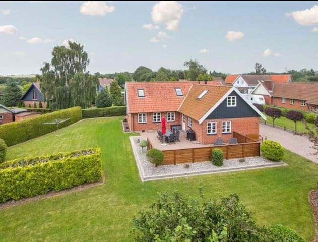 Big and lovely house in beautiful area near Odense