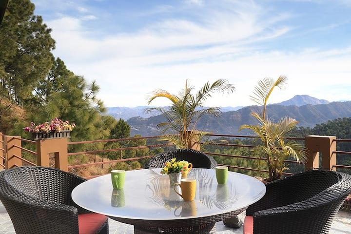 4BHK Beautiful Villa w/ Free BKFST+Valley View+BBQ