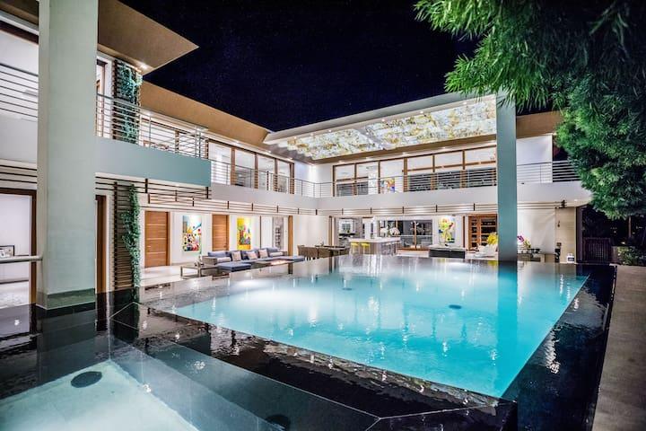 Leahi Residence