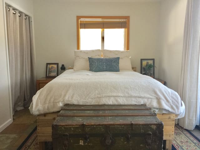 Cozy Home in Truckee - Walk to Downtown - Truckee - Ev