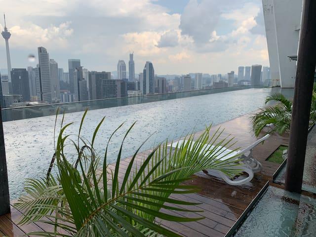 Infinity pool @ Regalia Residency Kuala Lumpur #2