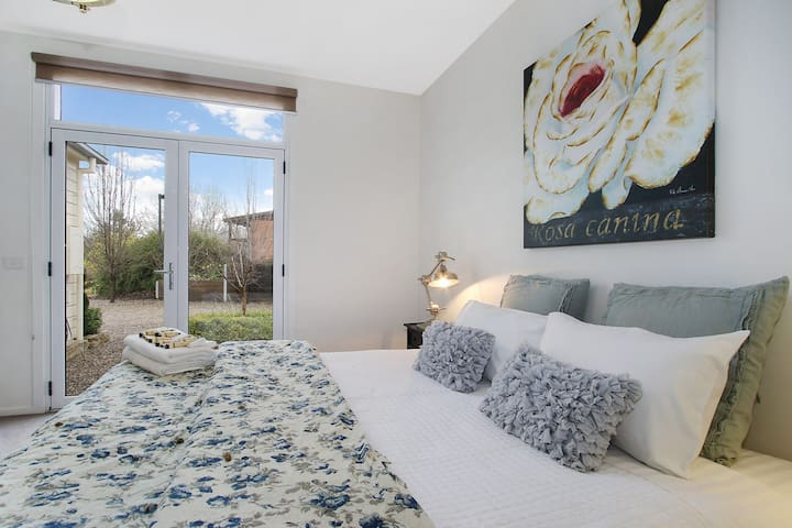Bright Bliss - Luxury Guesthouse