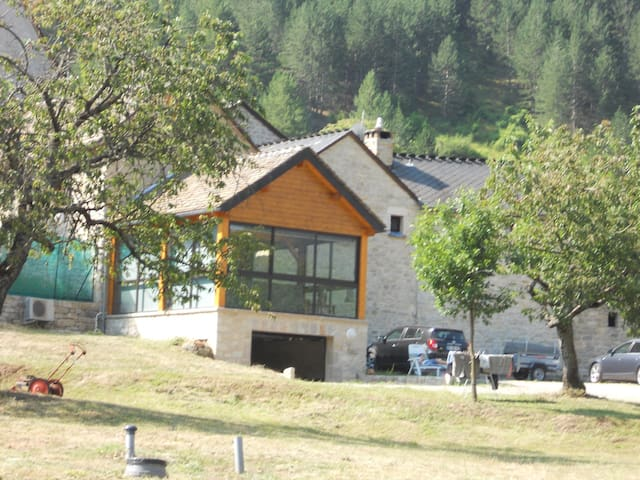 Maison au cœur des gorges du Tarn - Sainte-Énimie - Haus