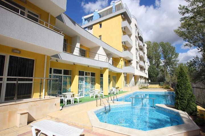 Nice and spacious apartment in Sunny beach