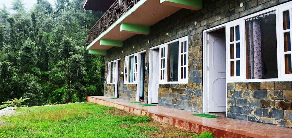 Vanvaas Home Stay (12 k.m away from shimla) - Shimla - Gjestehus