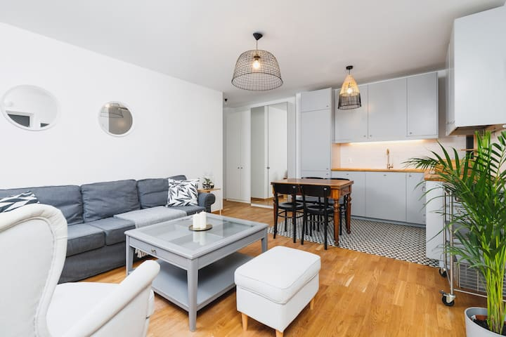 Two bedroom apartment / Main Station / Old City