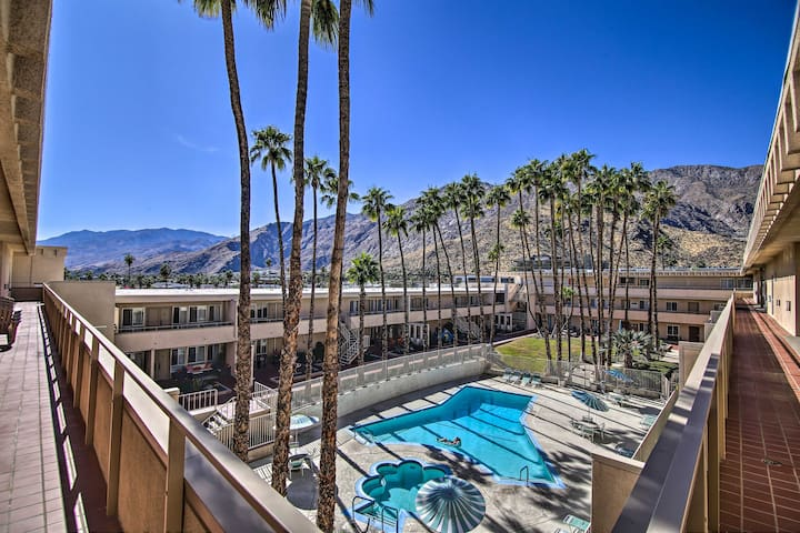 NEW! Top-Floor Palm Springs Condo w/Mountain Views