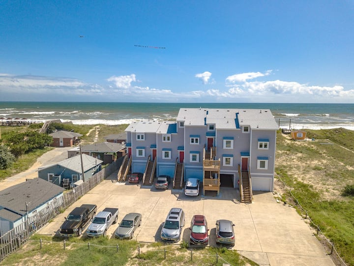 BR4 Sand N Sea at the Breakers * 1 Min walk to the Beach * Community Pool