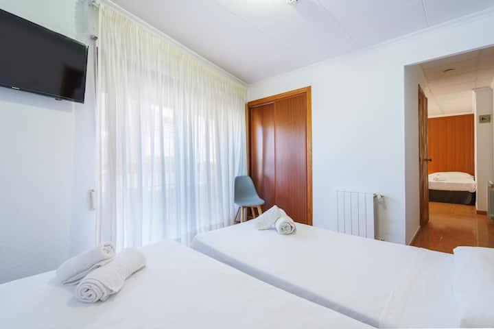 Habitación Familiar Hostal Antonio by Vivere Stays